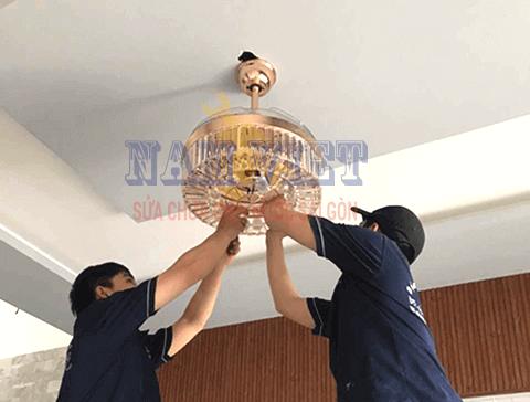 Lắp bóng đèn tại quận Tân Bình